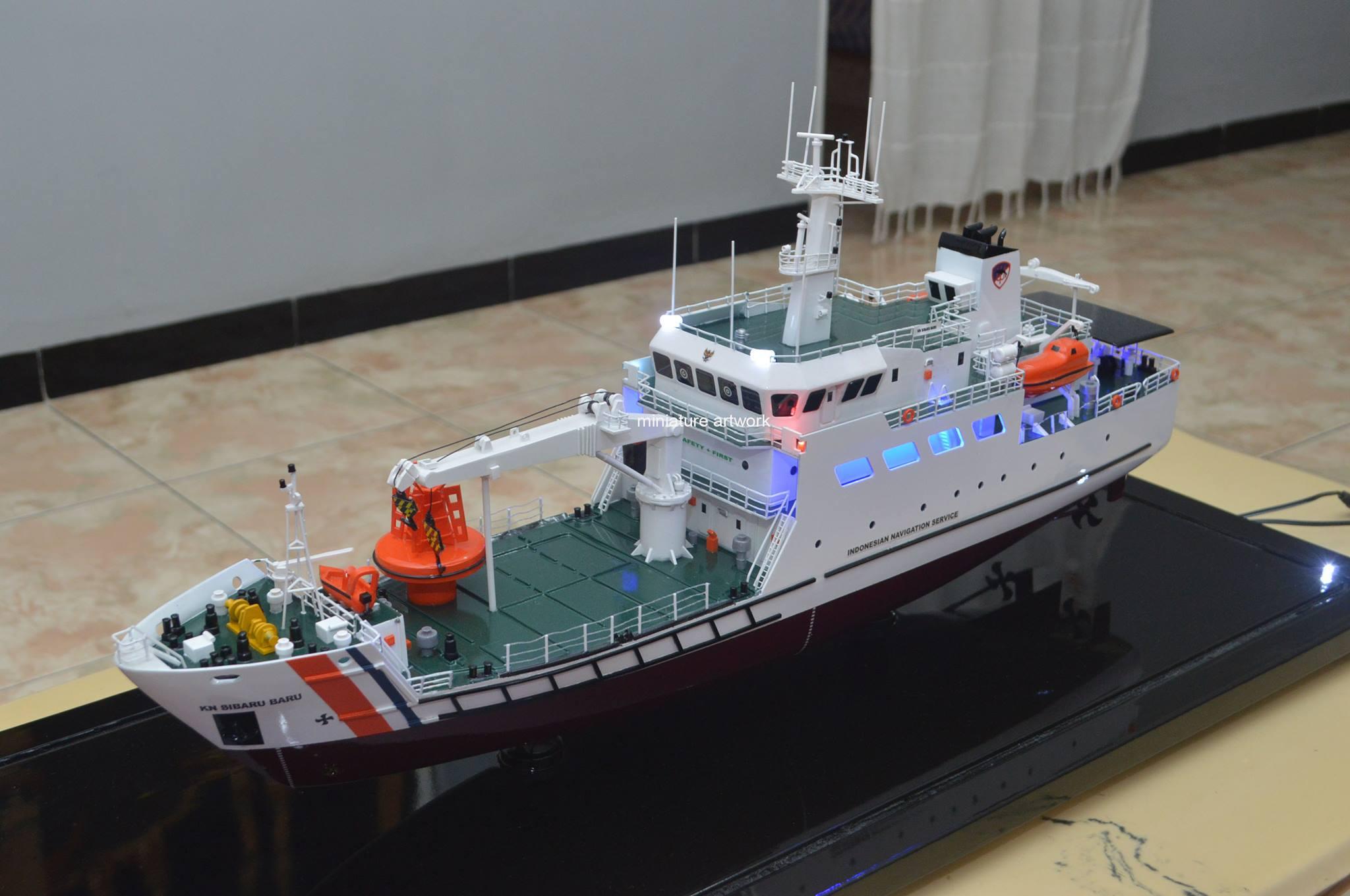 maket souvenir miniatur kapal kn sibaru baru navigation ship disnav teluk bayur unik