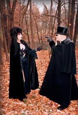 Elviras Haunted Hills 2001 Movie Image 4