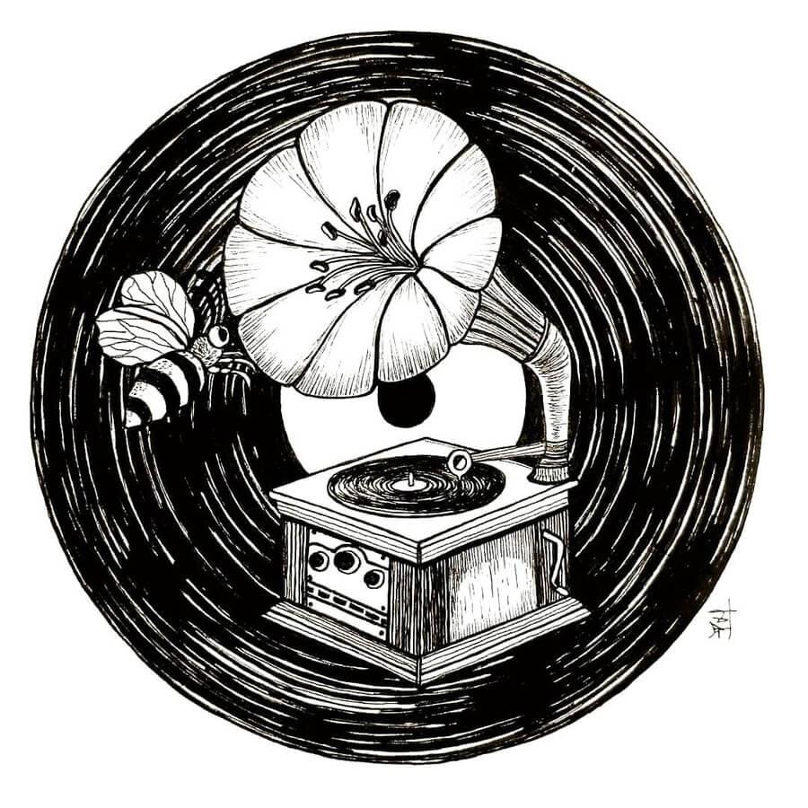 03-Making-music-Gramophone-Preethi-Nagaraj-www-designstack-co