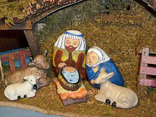 painted rocks, nativity set, stable, Cindy Thomas