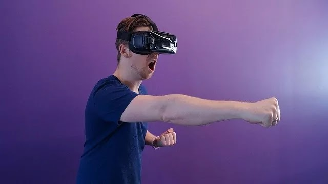 How Virtual Reality Affects The Brain | Disadvantages!