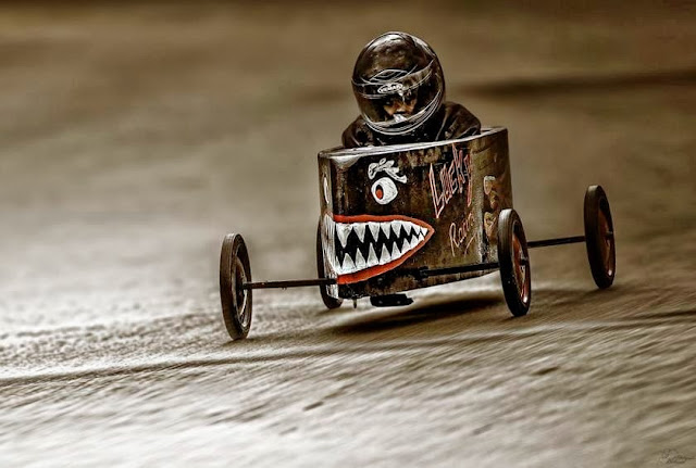 Sharktooth Soapbox Derby Gravity Racer