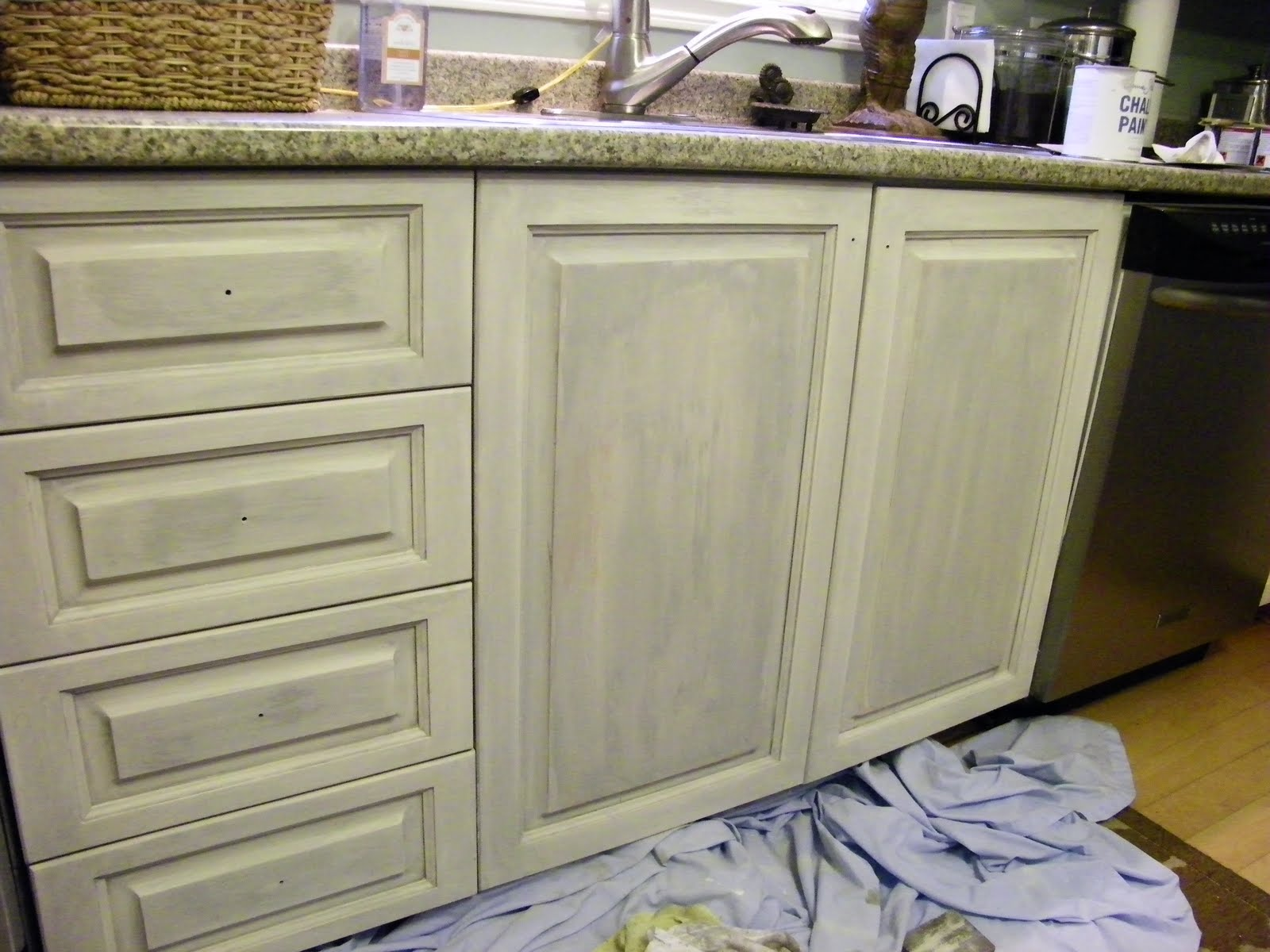 Maison Decor Kitchen Cabs Get A Grey Chalk Wash
