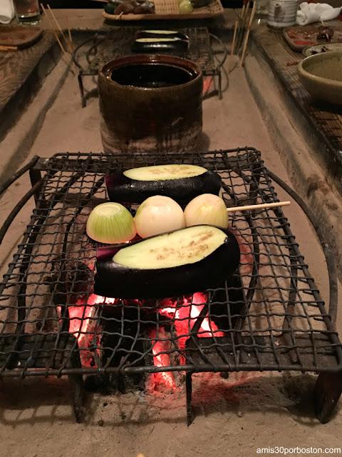 Verduras al Grill en esta Izakaya de Tokio