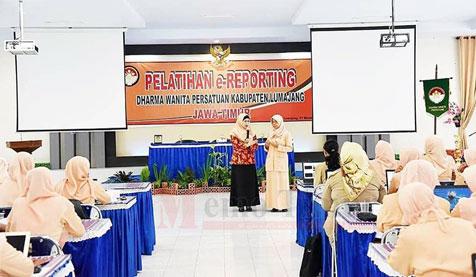 Pelatihan E-Reporting di Aula BKD
