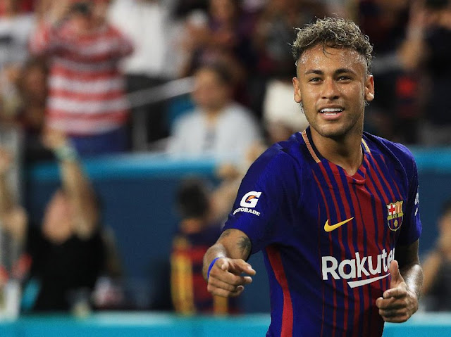Neymar 'Diburu' Pendukung Barcelona