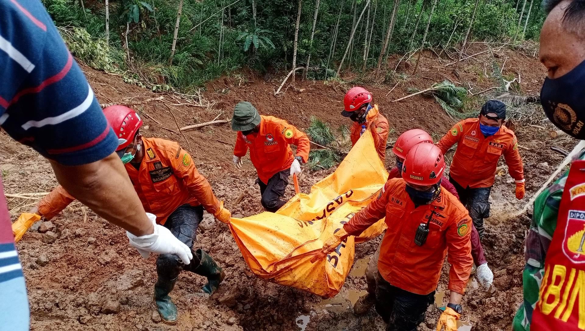 Jenazah Jemirun Ditemukan, Pencarian Korban Longsor Padureso Dihentikan
