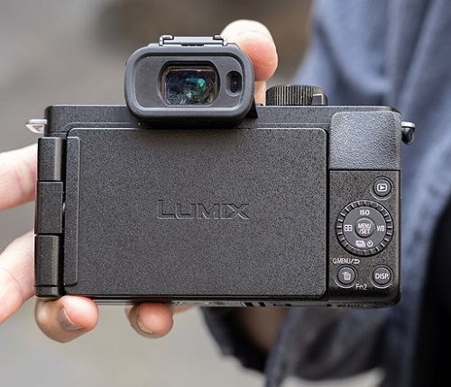 Panasonic Lumix G100-Vlogging Camera Flip Screen
