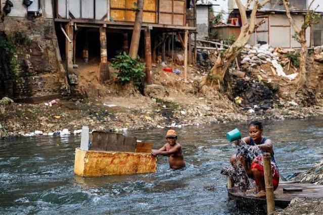 Penanganan Covid dan Kemiskinan Jauh Lebih Penting dibanding Mengurusi FPI