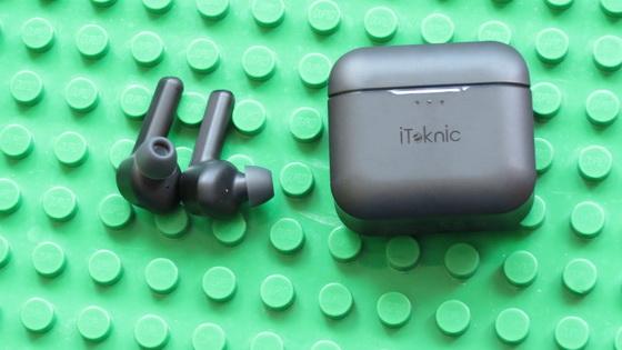https://www.iteknic.com/product/bluetooth-wirelss-earbuds/