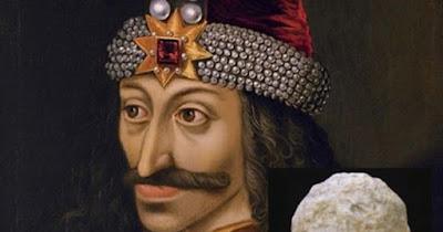 Particolare di un ritratto di Vlad Ţepeş, l'Impalatore, principe di Valacchia (1456-1462) (morto nel 1477). Le armi di quest'uomo che ispirò il vampiro Dracula sono state trovate in Bulgaria.
