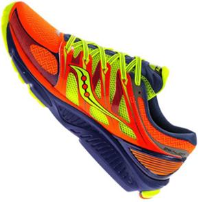Já a SAUCONY soube aproveitar a enorme popularidade do atletismo e o grande  número de corredores que surgiam. Nesta época 2d6cfe6ba25