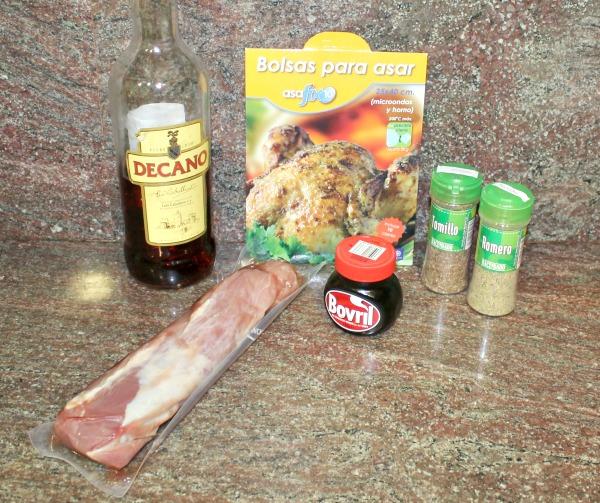 Solomillo de cerdo en bolsa de asar con salsa de naranja. Thermomix y tradicional.
