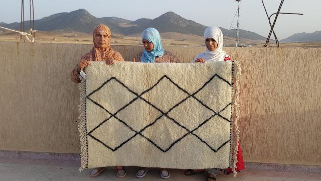 I tappeti Beni Ourain del Marocco 100% lana di pecora non tinta