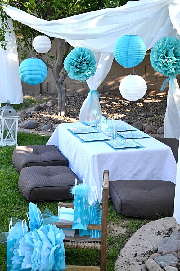 A Blue & White Dandelion Inspired Make a Wish Birthday Party - BirdsParty.com