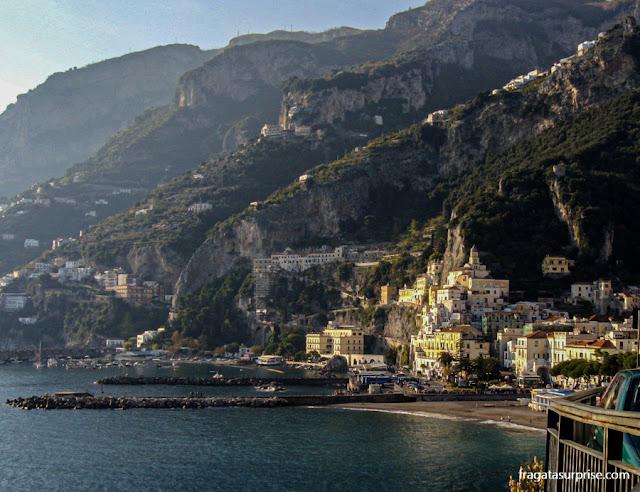 Vista de Amalfi, na Costa Amalfitana