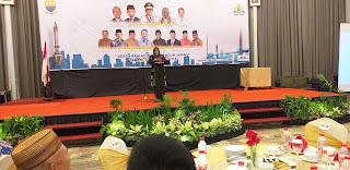 Staf Ahli Gubernur Jambi Secara Resmi Membuka Sarasehan KADIN Provinsi Jambi.