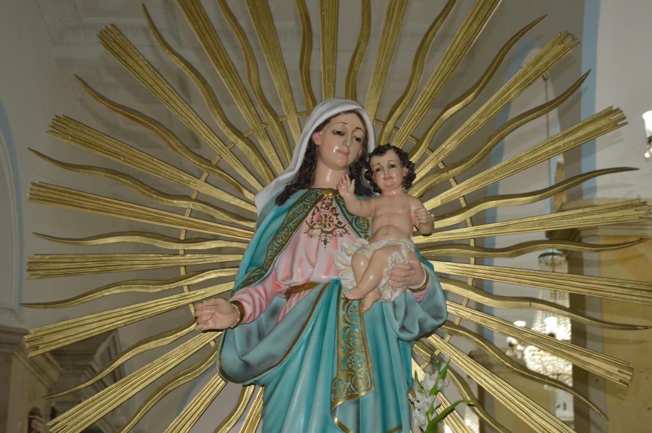 https://www.notasrosas.com/Dos de Febrero, La Vieja Mello y el recuerdo de los devotos que, con ella se fueron