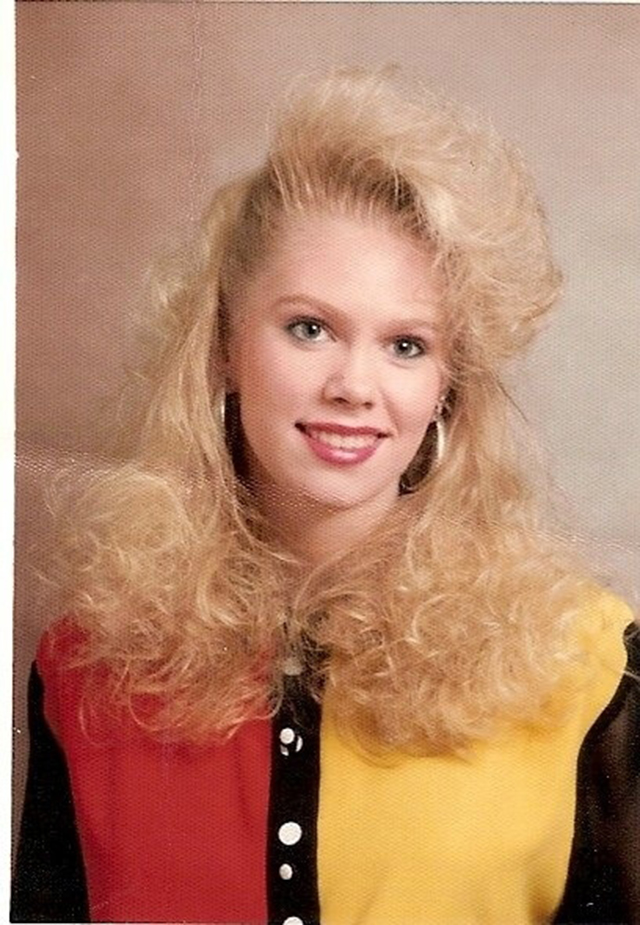 17 Reasons To Thank God Your Hair Isn T In The 1980s Vintage Everyday
