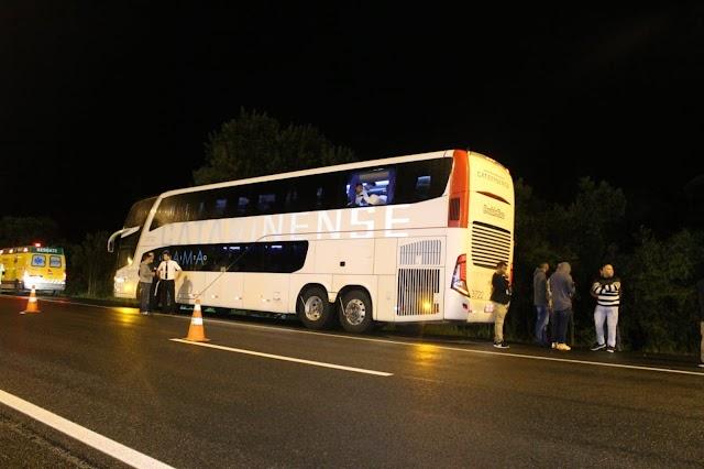 Três assaltantes morrem em tentativa de assalto a ônibus após passageiro armado reagir, na região de Curitiba