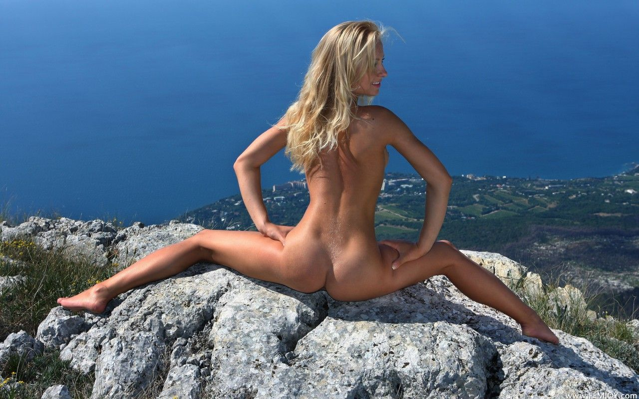 Nudist wallpaper