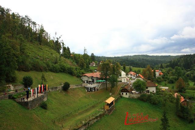 Vistas desde el castillo de Predjama