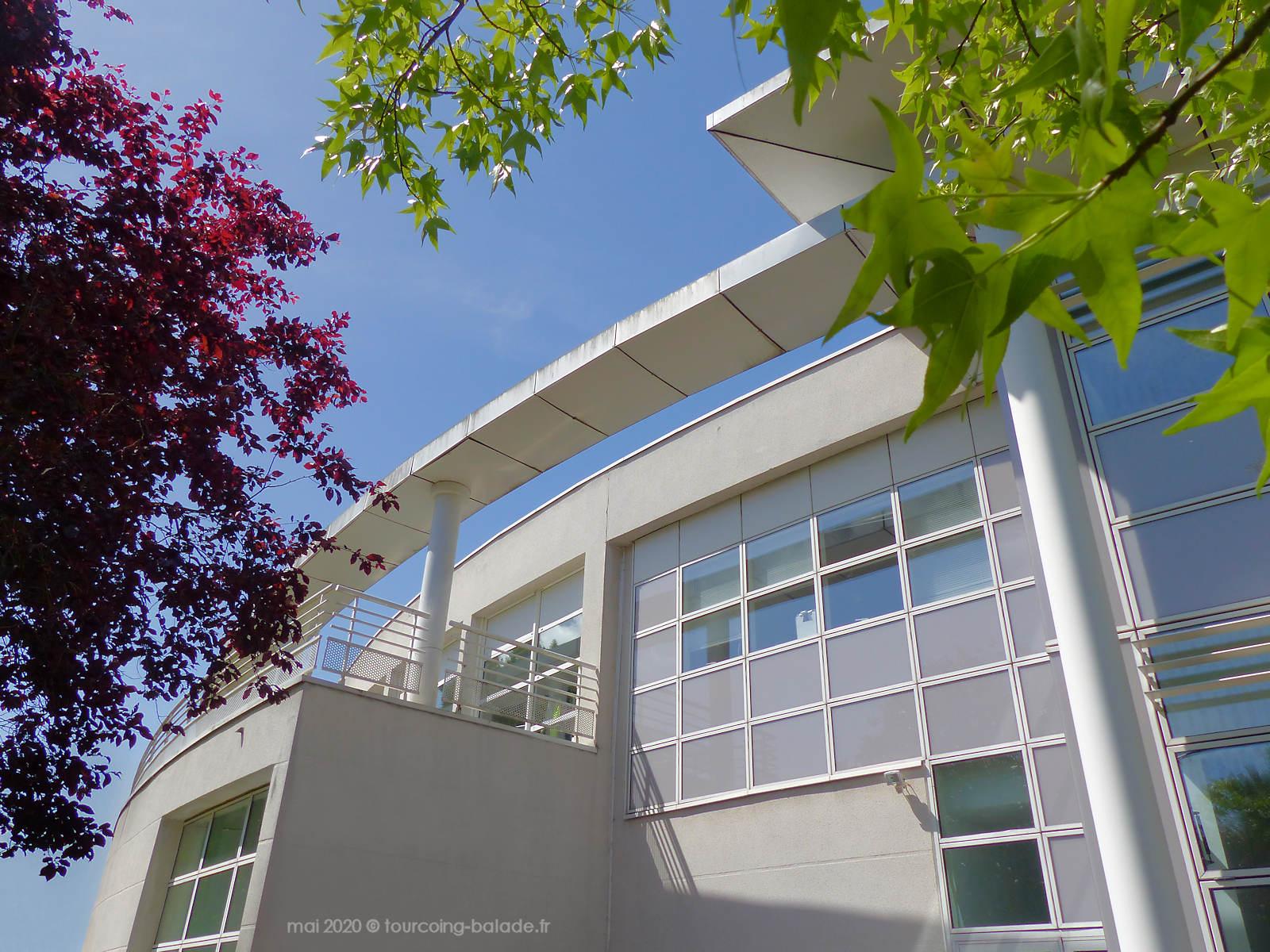 Mairie de Mouvaux, bâtiment moderne, 2020