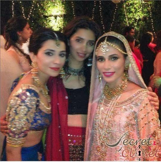 Mahira Khan At Nida Wedding