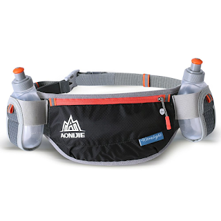Sport bag bottle pocket