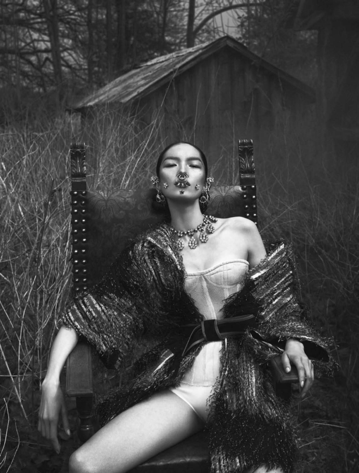 Fei Fei Sun by Mert Alas & Marcus Piggott and Katy England for Vogue Italia June 2015 | Ses Rêveries