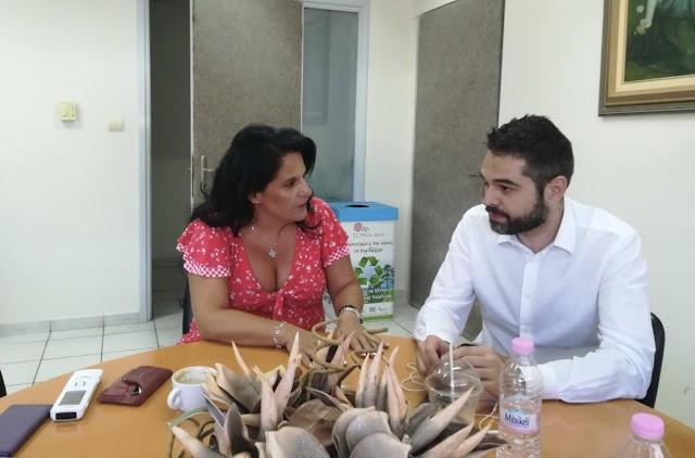 Στο Εργατικό Κέντρο και στον Ιατρικό Σύλλογο Φθιώτιδας ο Γιάννης Σαρακιώτης