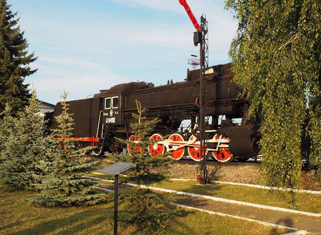 Памятник-паровоз - станция Владимир