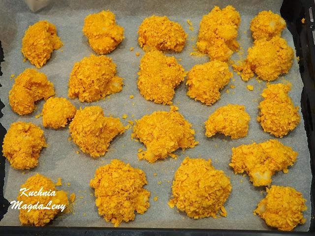 Pieczony kalafior w płatkach kukurydzianych
