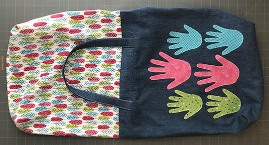 Make a Handprint Tote Bag for Mother's Day. Mom will love it!