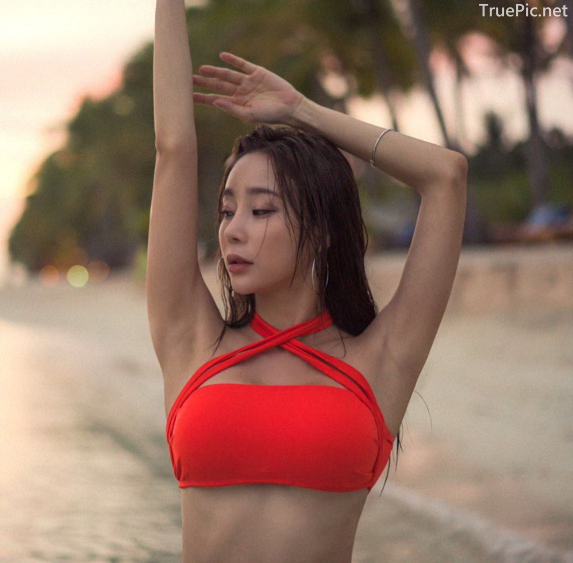 Hyun Kyung - Glam Chic Bikini - Korean model and fashion - Picture 3