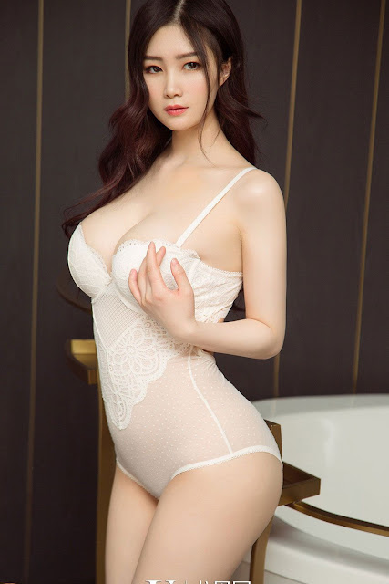 Hot and sexy big boobs photos of beautiful busty asian hottie chick Chinese booty model Chu Lian photo highlights on Pinays Finest sexy nude photo collection site.