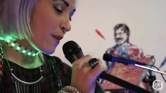 """ARTISTAS: Magnética anuncia el lanzamiento de su nuevo tema """"Viajando en el tiempo""""."""