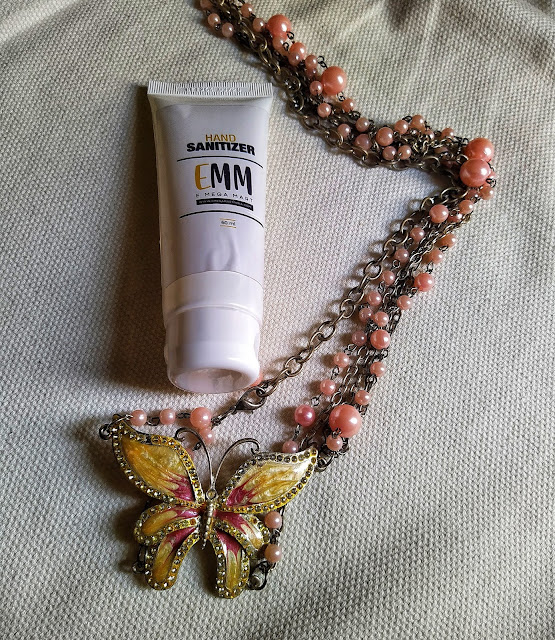 Emm's Hand Sanitizer Review and Pictures
