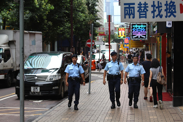 Police men, Hong Kong - Asia travel blog