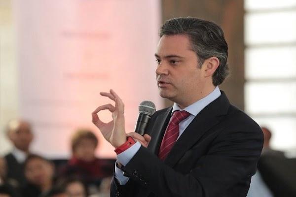 Aurelio Nuño promete entregar sistema educativo renovado, dará resultados en 40 años