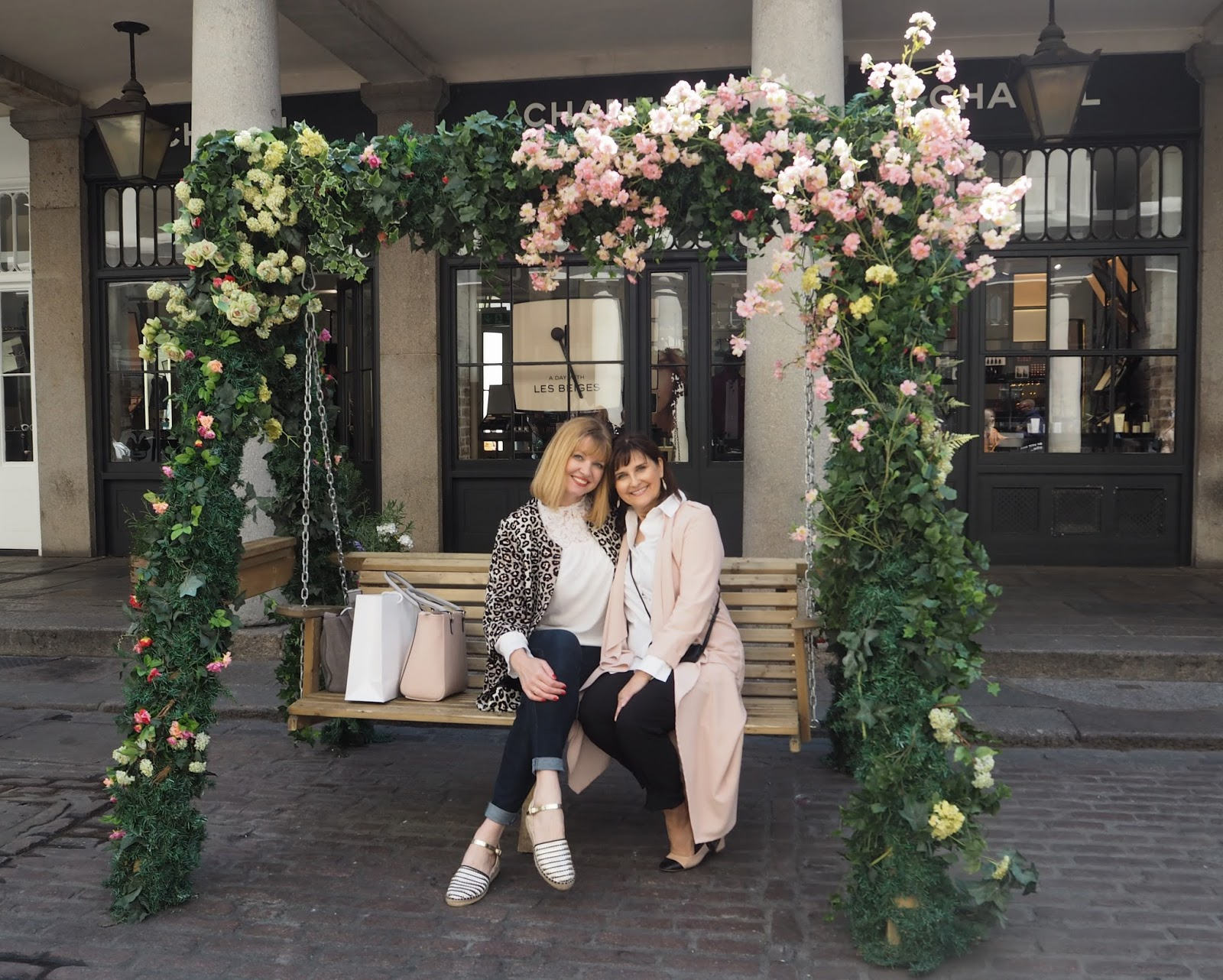 What-Lizzy-Loves-Barefaced-Chic-Covent-Garden-Flower-swings