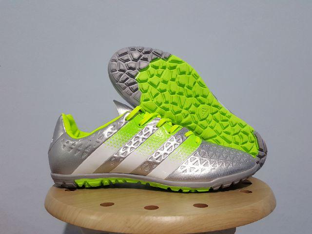 916d660ef975 Sepatu Futsal Adidas ACE 2016 Silver TURF