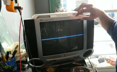 Cara mengatasi TV Tabung hanya Garis Putih di tengah Layar