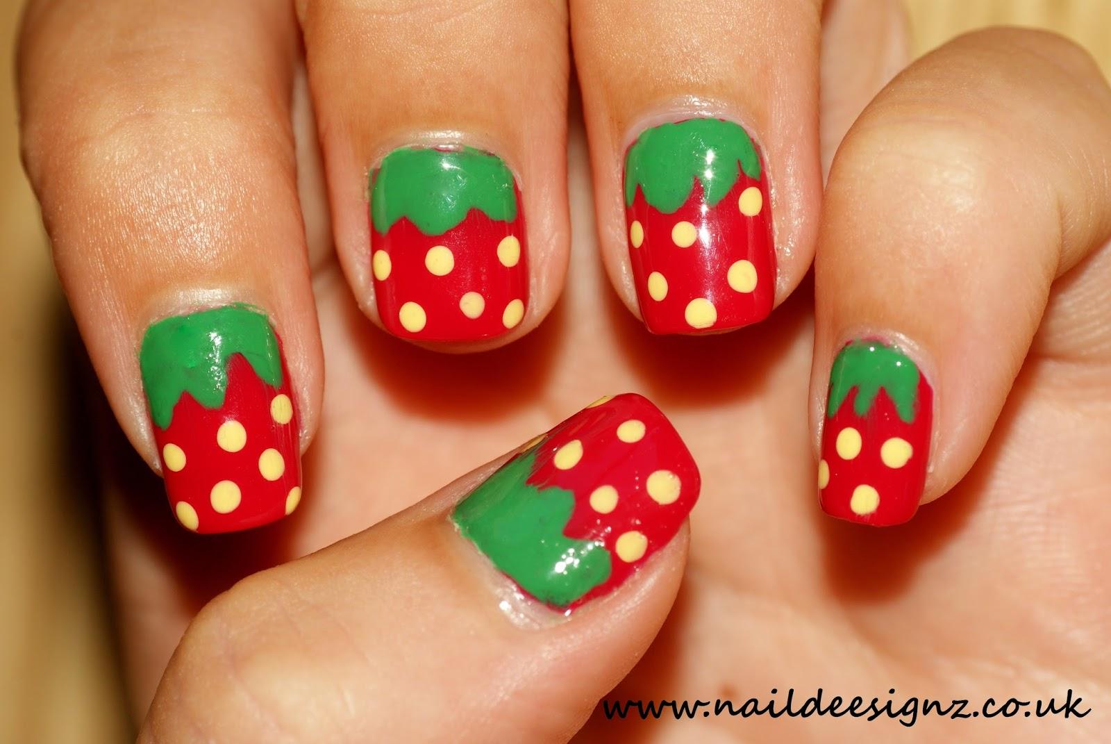 NailDeesignz: Strawberry Nail Art