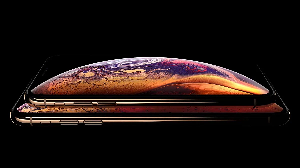iPhone 11 OLED Displays Said To Be The The Replica Of Samsung Galaxy S10's