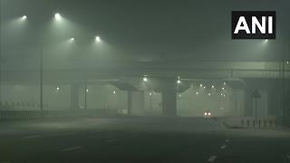 दिल्ली-NCR समेत पूरे उत्तर भारत में शीतलहर, घने कोहरे ने थामी 14 ट्रेनों की रफ्तार