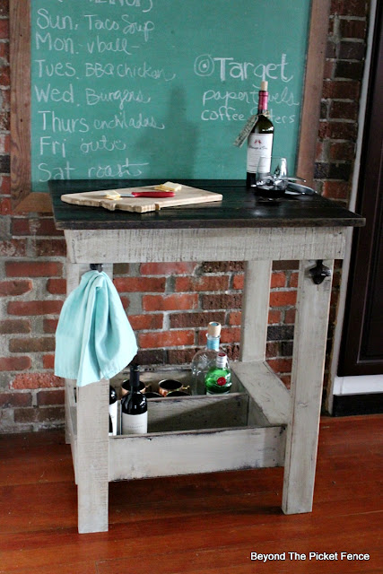 old drawer, pallets, rustic decor, farmhouse, kitchen island, https://goo.gl/Y5pVhA
