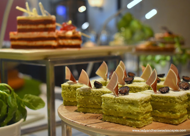 dessert at JW Marriott Dubai brunch