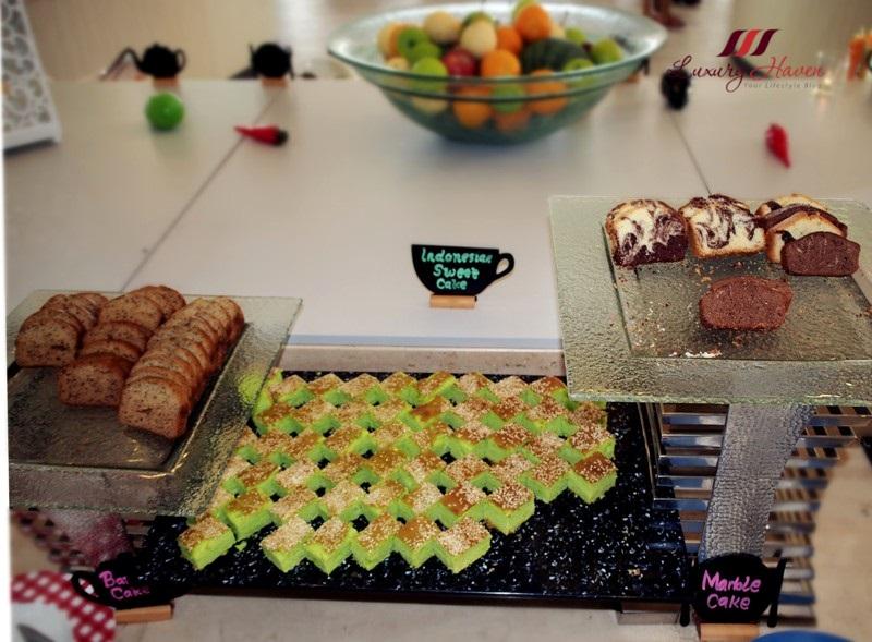 bintan lagoon resort fiesta buffet breakfast desserts cakes