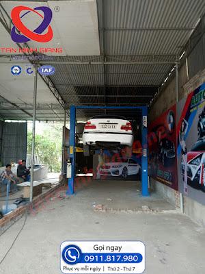 Lắp cầu Peak 208C cho xưởng dịch vụ sửa chửa ô tô